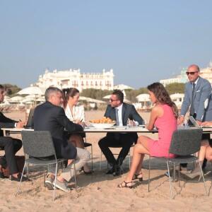 Meeting sulla sabbia